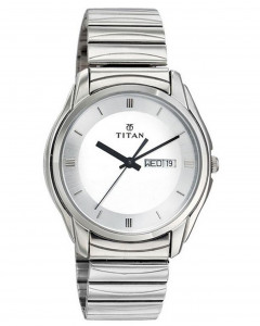 Titan 1578Sm03 Karishma Analog Watch For Men