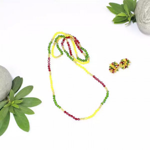Red/Yellow/Green Single Strand Pote Necklace With Matching Pair Of Studs Set For Women